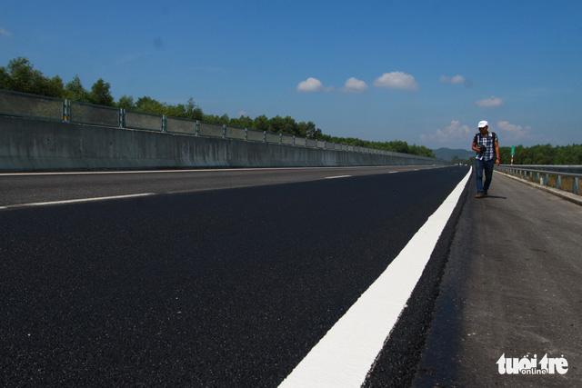 Cao tốc Đà Nẵng - Quảng Ngãi được sửa xong - Ảnh 3.