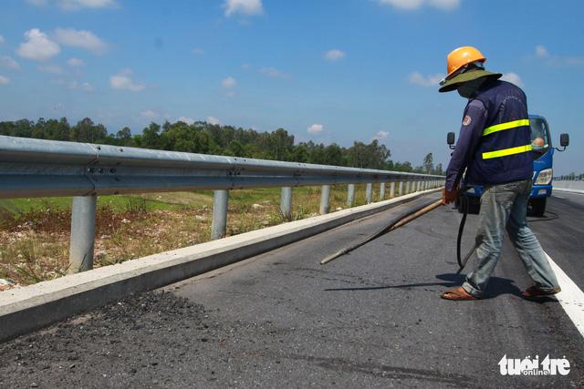 Cao tốc Đà Nẵng - Quảng Ngãi được sửa xong - Ảnh 7.