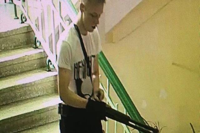 Xác định danh tính nghi can tấn công trường học Crimea - Ảnh 1.