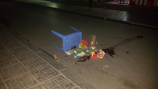 Trẻ sơ sinh rơi từ tòa chung cư cao tầng HH Linh Đàm - Ảnh 1.