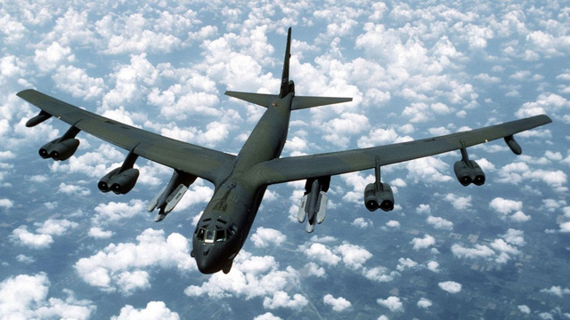 Mỹ lại điều pháo đài bay B-52 tới Biển Đông - Ảnh 1.