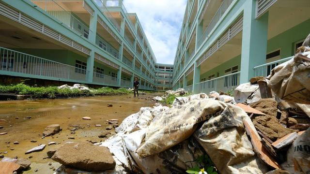 Bệnh viện 500 tỉ chưa dùng đã hư - Ảnh 3.