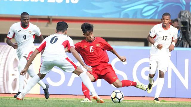 U19 VN - Jordan 1-2: U19 VN thua ngược trận ra quân - Ảnh 1.