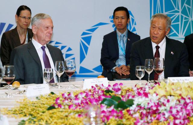Mỹ, Trung, ASEAN đồng ý sơ bộ về né đụng độ trên không - Ảnh 2.