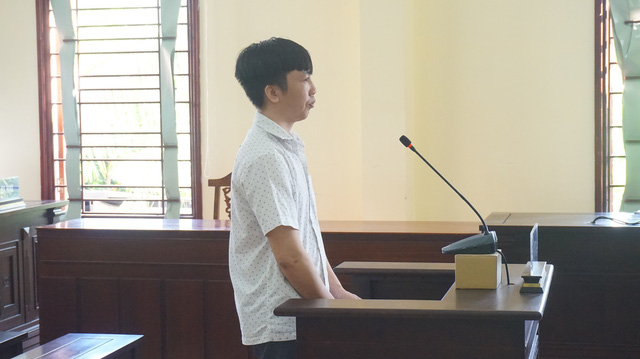 Nguyên đại úy cảnh sát cơ động lừa chạy việc lãnh 13 năm tù - Ảnh 1.