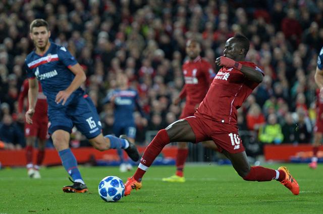 Salah lập cú đúp, đưa Liverpool lên ngôi đầu - Ảnh 5.
