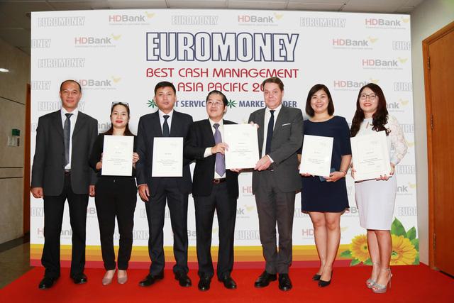HDBank nhận giải thưởng Cash Management 2018 - Ảnh 2.