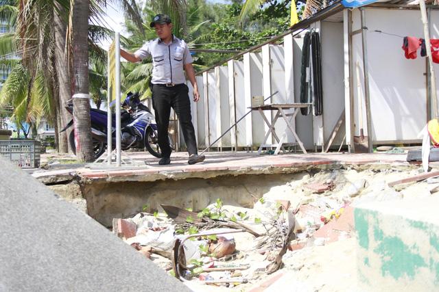 Khẩn trương xử lý sạt lở bờ biển Đà Nẵng - Ảnh 1.