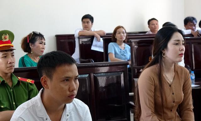 Dụ dỗ phụ nữ nghèo, ít học bán sang Trung Quốc - Ảnh 1.