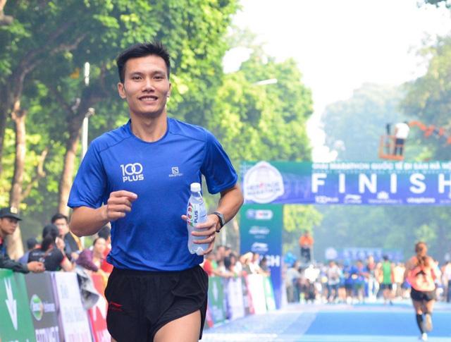 Nhìn lại giải Marathon Quốc tế Di sản Hà Nội 2018 - Ảnh 3.