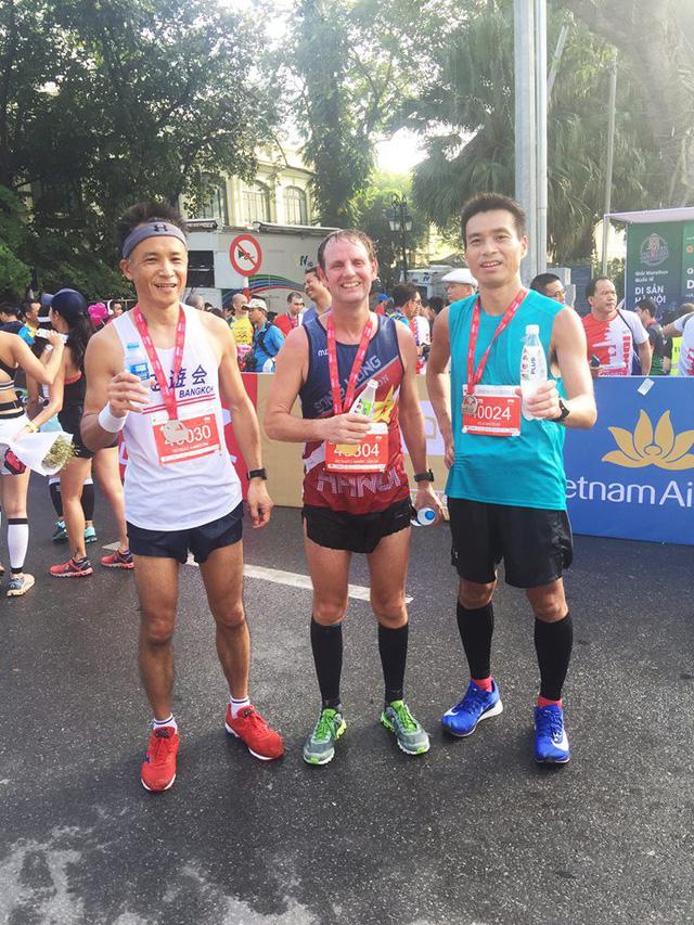 Nhìn lại giải Marathon Quốc tế Di sản Hà Nội 2018 - Ảnh 5.