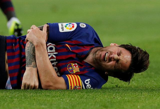 CĐV than khóc vì Messi vắng El Clasico - Ảnh 1.
