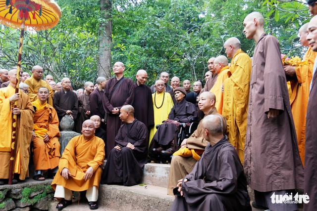 Thiền sư Thích Nhất Hạnh về đến tổ đình Từ Hiếu - Ảnh 7.