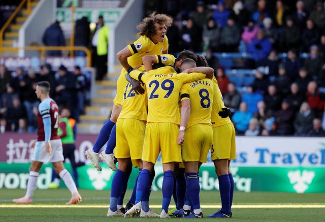 Chelsea lên nhì bảng, Arsenal đứt mạch chiến thắng - Ảnh 2.