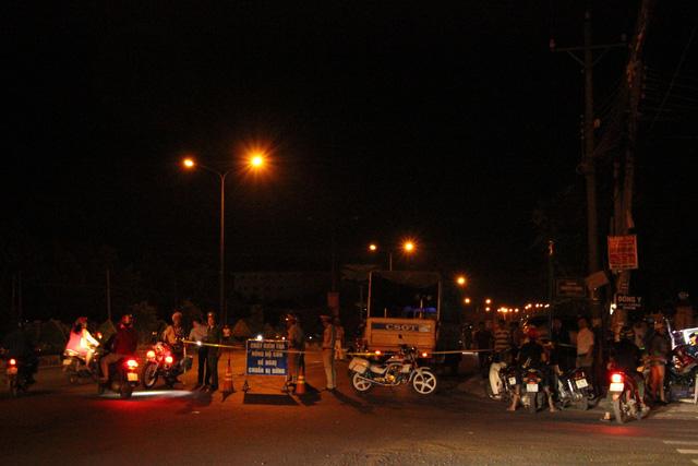 Phó công an Đồng Xoài lái ôtô tông nhiều xe máy, 2 người nhập viện - Ảnh 3.