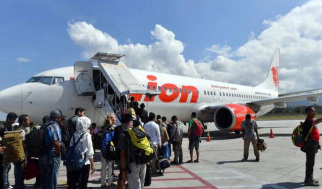 Máy bay chở 189 người của Indonesia rơi xuống biển - Ảnh 8.