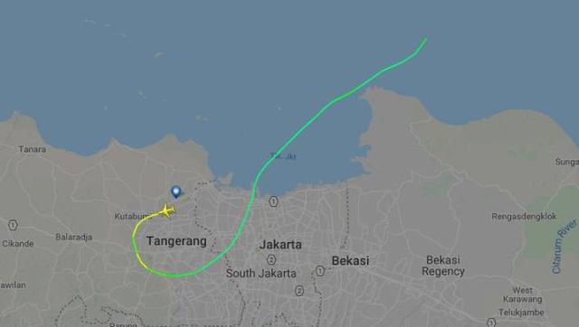 Máy bay chở 189 người của Indonesia rơi xuống biển - Ảnh 7.