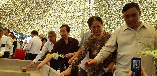 Đồng Nai tổ chức lễ an táng 13 liệt sĩ chưa biết tên - Ảnh 6.