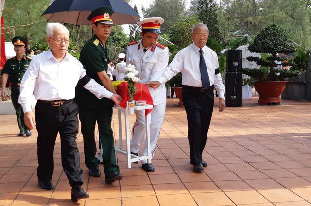 Đồng Nai tổ chức lễ an táng 13 liệt sĩ chưa biết tên - Ảnh 2.