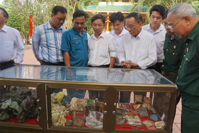 Đồng Nai tổ chức lễ an táng 13 liệt sĩ chưa biết tên - Ảnh 5.