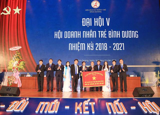 Đại hội Hội Doanh nhân trẻ tỉnh Bình Dương - Ảnh 1.