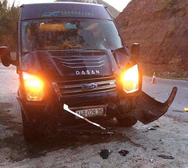 Mazda nát bét trên cao tốc Hạ Long - Hải Phòng, 2 người chết - Ảnh 4.