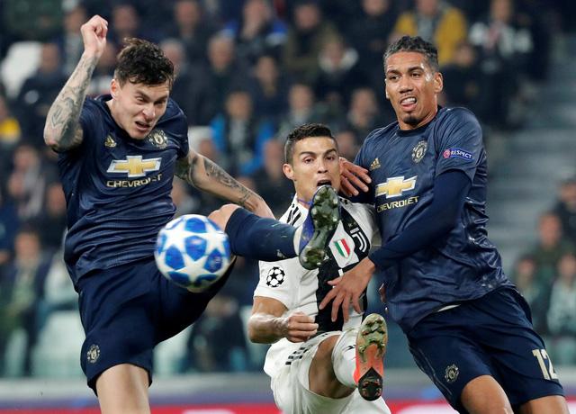 """Jose Mourinho: """"M.U cần phải trưởng thành hơn"""" - Ảnh 1."""