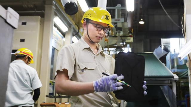 Nhật tiếp nhận lao động nước ngoài đến mức nào? - Ảnh 1.