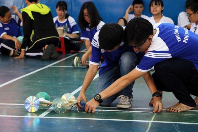 Học sinh cấp 3 Sài Gòn hào hứng  đua xe thế năng - Ảnh 5.
