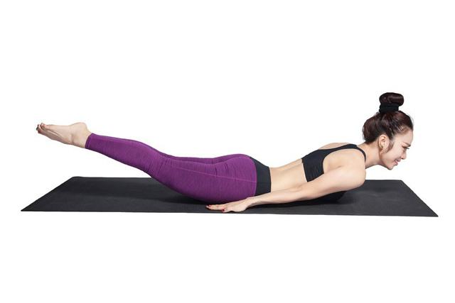 Bài tập yoga chữa thoát vị đĩa đệm - Ảnh 2.