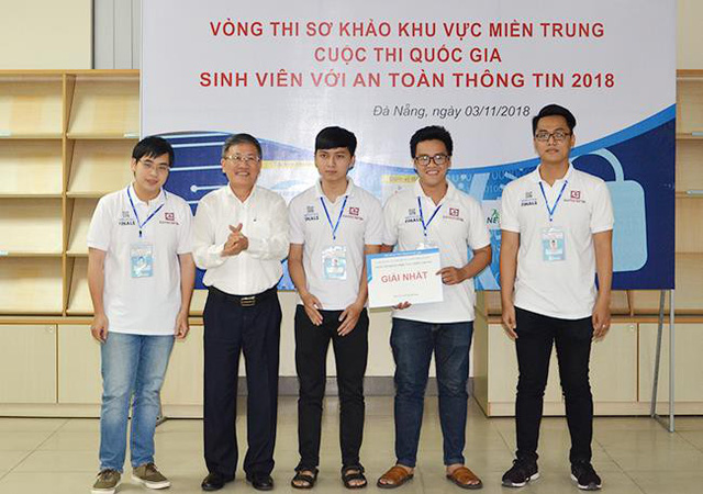 Duy Tân vô địch cuộc thi Sinh viên với an toàn thông tin 2018 miền Trung - Ảnh 1.