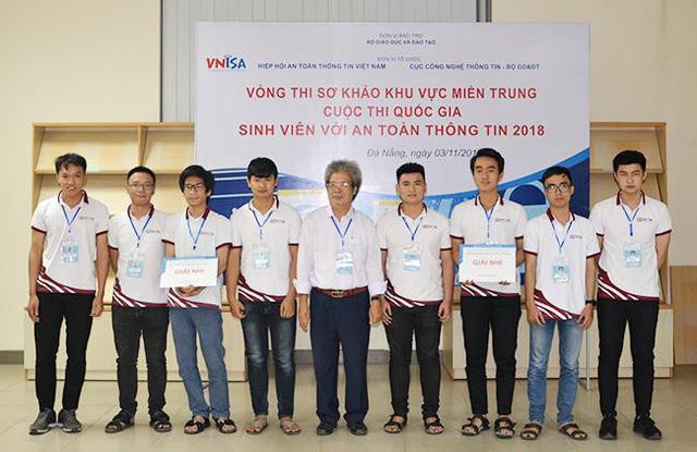 Duy Tân vô địch cuộc thi Sinh viên với an toàn thông tin 2018 miền Trung - Ảnh 2.