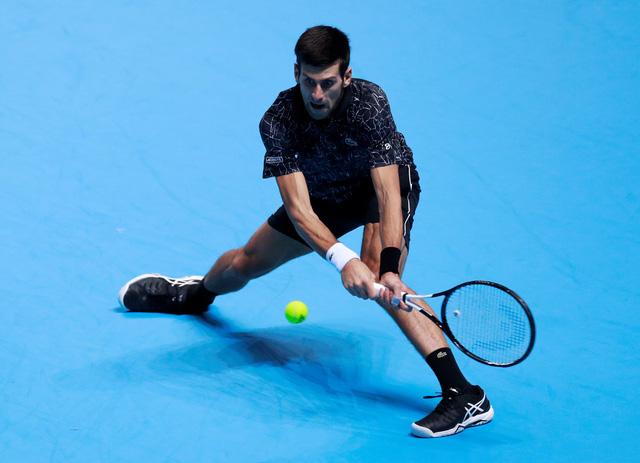 Thắng dễ Zverev, Djokovic vào bán kết ATP Finals 2018 - Ảnh 1.