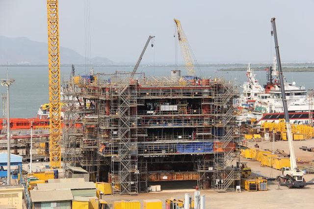 Thắng thầu dự án giàn khoan khai thác nước ngoài trị giá hàng trăm triệu USD - Ảnh 1.