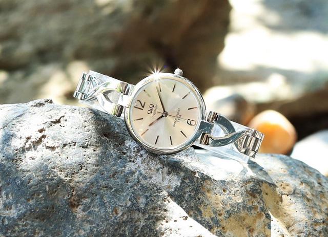 Đăng Quang Watch giảm giá đến 40% đồng hồ, kính mắt - Ảnh 4.