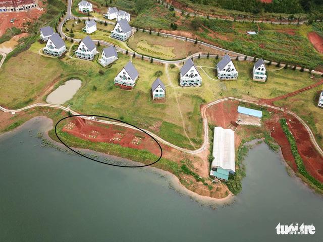 Dời 19 căn nhà trái phép trong vùng cấm hồ Tuyền Lâm - Ảnh 1.