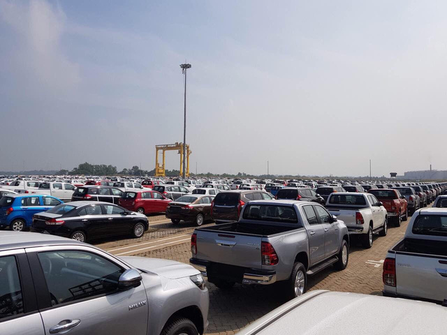 Xem xét sửa điều kiện nhập khẩu, kinh doanh ôtô - Ảnh 2.