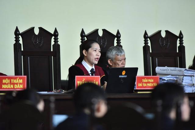 Cựu trung tướng Phan Văn Vĩnh thừa nhận bảo kê đánh bạc - Ảnh 1.