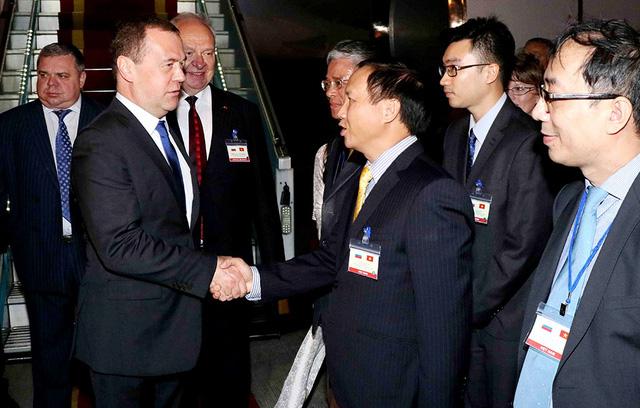 Tổng thống Ấn Độ,  thủ tướng Nga thăm Việt Nam - Ảnh 1.