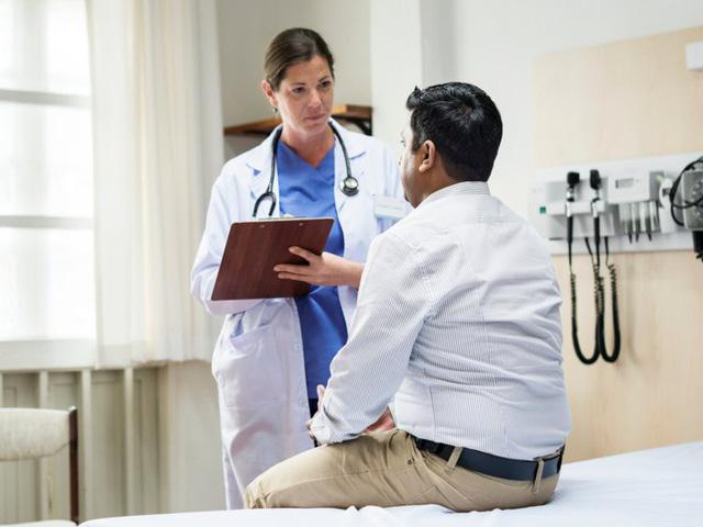 6 câu hỏi liên quan sức khỏe nên hỏi bố mẹ - Ảnh 1.