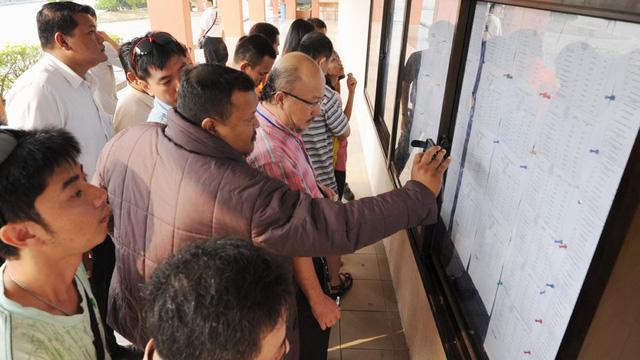Malaysia sắp cho đấu giá biển số xe trực tuyến - Ảnh 1.
