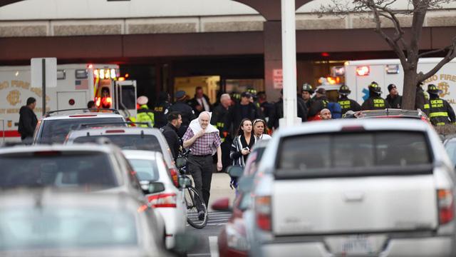 Xả súng tại bệnh viện Chicago, ít nhất 4 người chết - Ảnh 1.