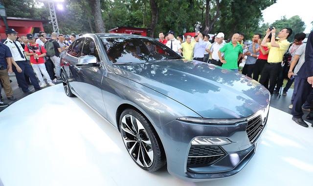 Giá xe hơi VinFast  từ 336 triệu đến 1,8 tỉ đồng - Ảnh 1.