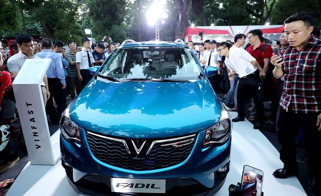 Giá xe hơi VinFast  từ 336 triệu đến 1,8 tỉ đồng - Ảnh 2.