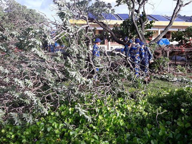 Huyện đảo Trường Sa không bị thiệt hại nhiều trong bão số 9 - Ảnh 2.