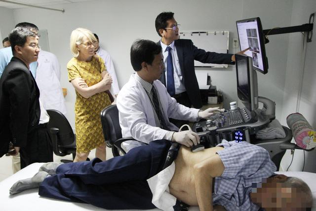 Bệnh gút ở Việt Nam rất nặng, ít gặp ở các nước phát triển - Ảnh 2.