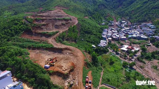 Công an thụ lý hồ sơ vụ sạt lở chết người tại dự án núi Cô Tiên - Ảnh 1.