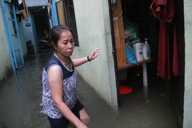 Cả xóm trọ ở Thảo Điền xin nghỉ việc vì nhà ngập nặng - Ảnh 6.