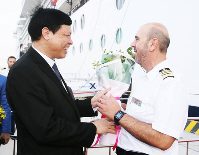 Cảng tàu khách quốc tế Hạ Long lần đầu đón tàu 3.000 khách - Ảnh 2.