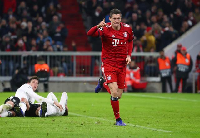 Đè bẹp Benfica, Bayern Munich đoạt vé đi tiếp - Ảnh 2.